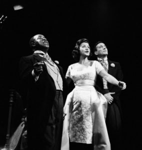 """THE DINAH SHORE CHEVY SHOW -- """"Swingin' at the Summit"""" Episode 518 -- Pictured: (l-r) Jazz musician Louis Armstrong, singers Kay Starr, Tony Bennett --"""